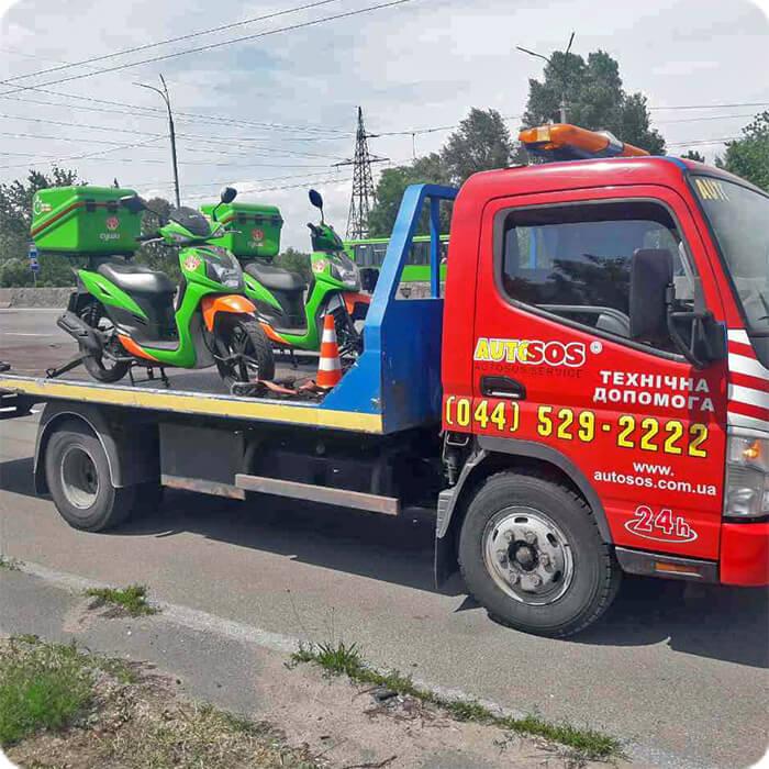 moto-towtruck.jpg
